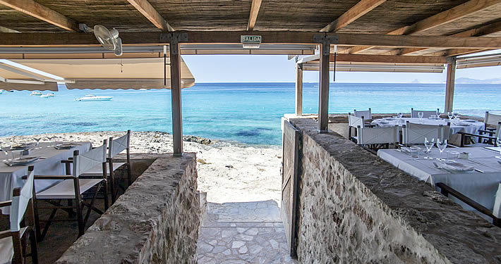 Dónde comer si sales a navegar por Formentera