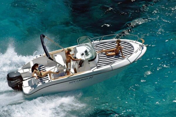 Lancha Sessa Key Largo XXII