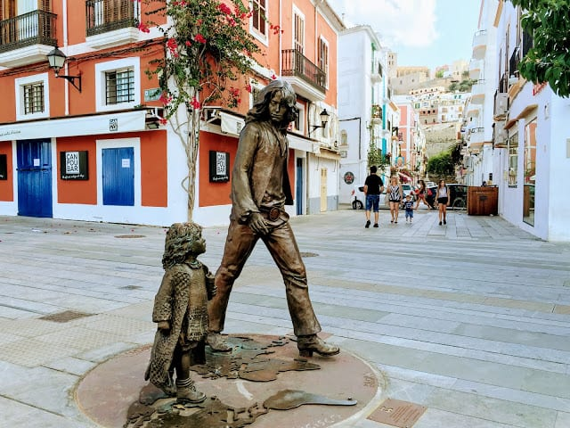 monumento a los hippies