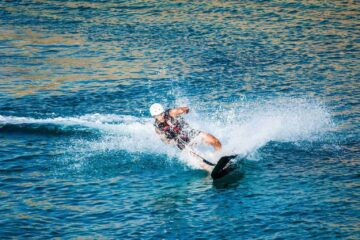 Surfboards with Motor